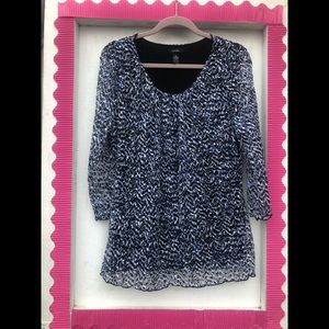 Alfani blue/white/black patterned blouse